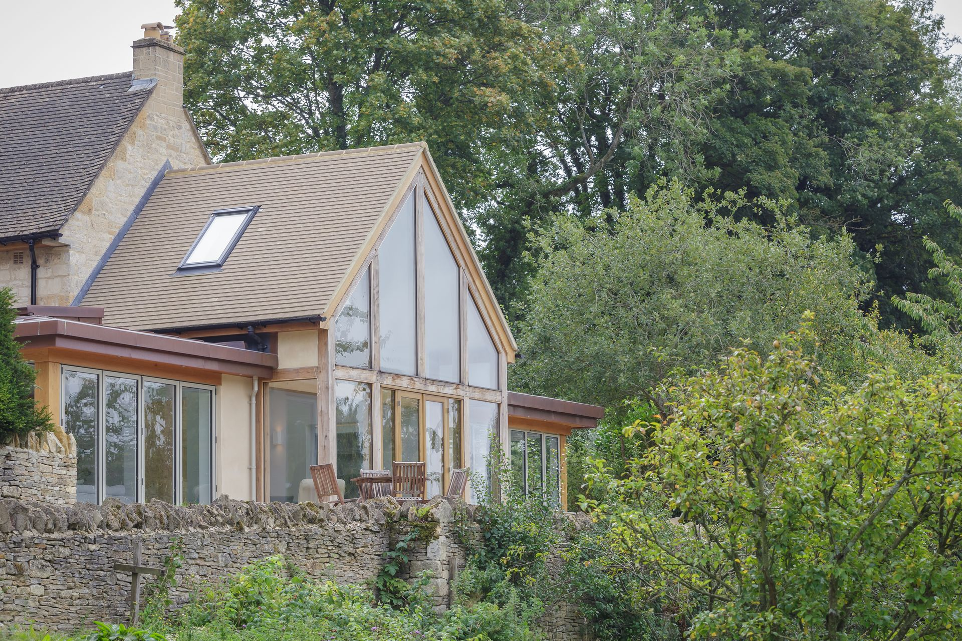 CE - Coln Cottage - Exterior 005