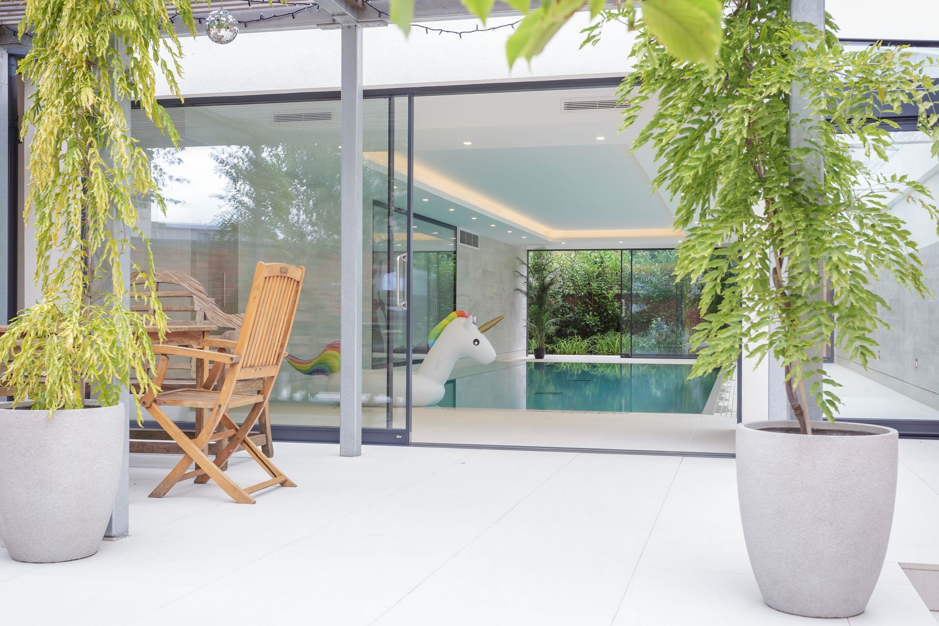 CE - Douro Court - Pool from outside 005