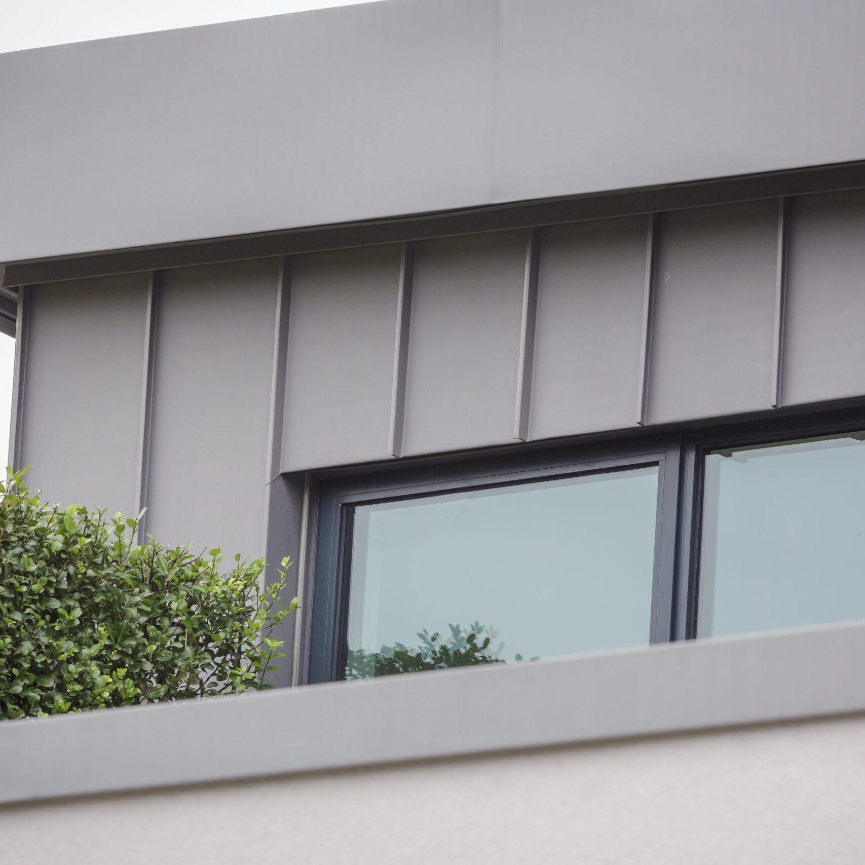 CE - 15 Greatfield Drive - Exterior details 016