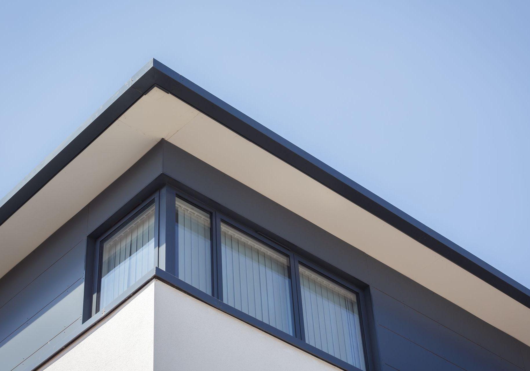 CE - Mullins House Swindon Road 009